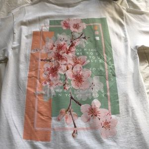 0a609b97e Urban Outfitters Tops - ✨ Urban Outfitters LE Shawn Mendes Tee